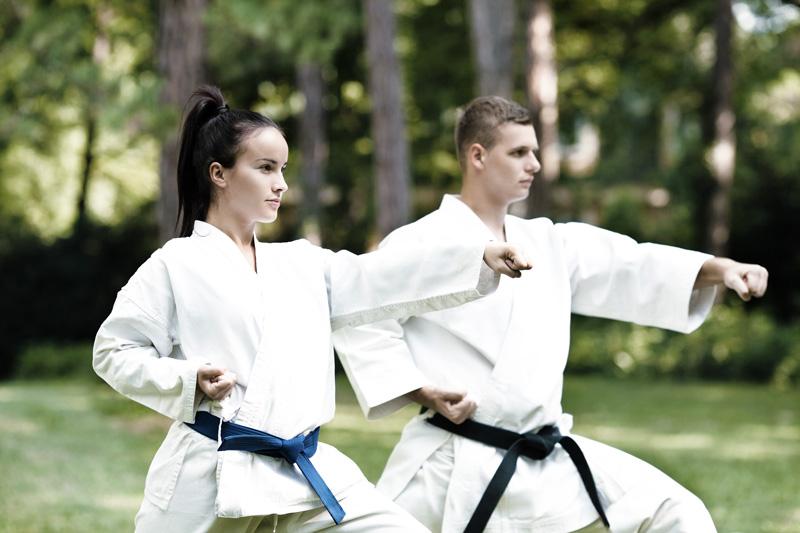 arts-martiaux-homme-femme